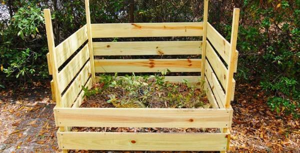 Бесплатное натуральное удобрение: как обустроить на участке компостную яму