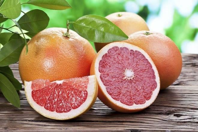 Грейпфрут: гибрид каких фруктов, полезные свойства и противопоказания, польза и вред для здоровья женщин, как выбрать