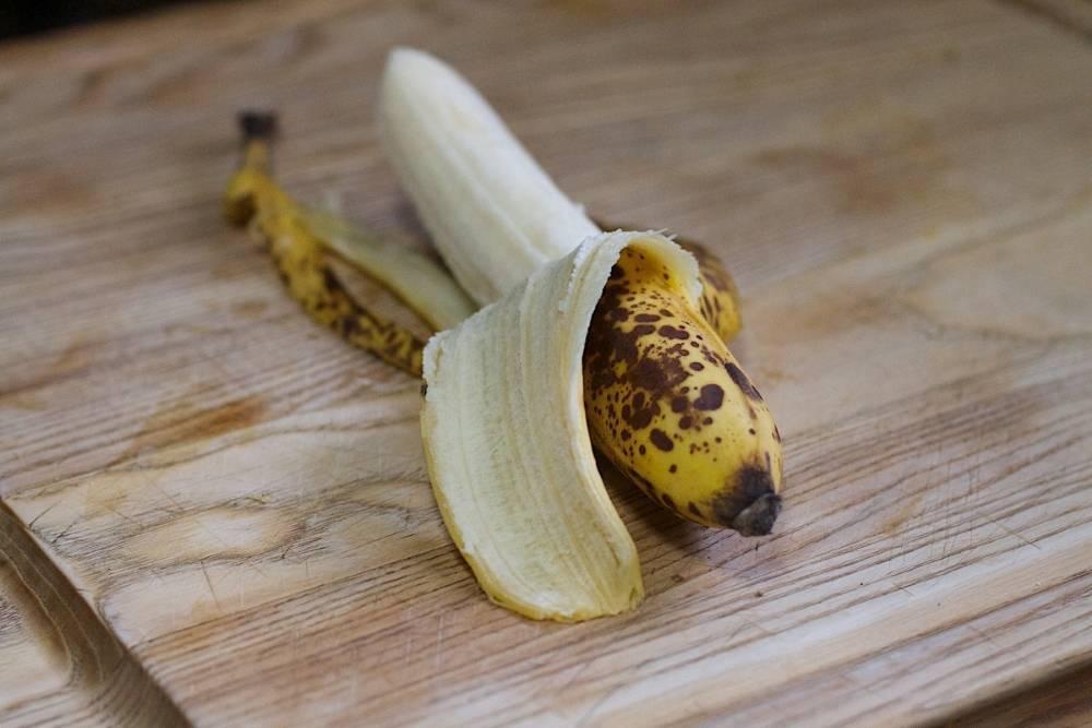 Банановая кожура как удобрение для цветов и комнатных растений