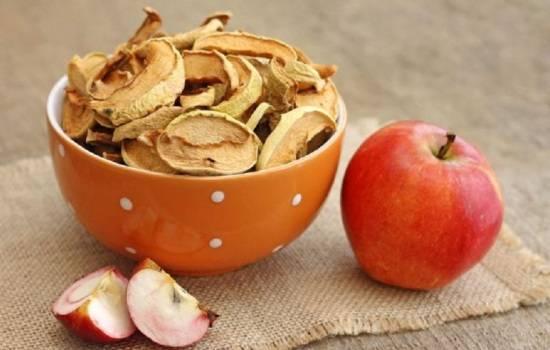 Сушеные яблоки: польза и вред для здоровья организма, цена