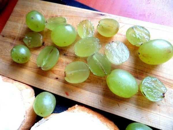 Девять самых известных разновидностей винограда без косточек: краткая характеристика и способы размножения.