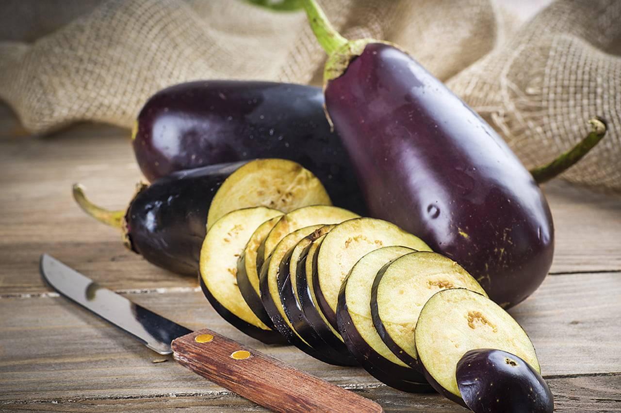 Чтобы не горчили баклажаны: уход, негорькие сорта, как убрать горечь при готовке