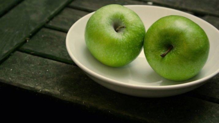 7 убедительных причин начать есть зеленое яблоко натощак