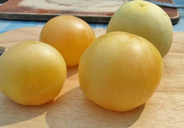 Персик: описание сорта томата, характеристики помидоров, посев