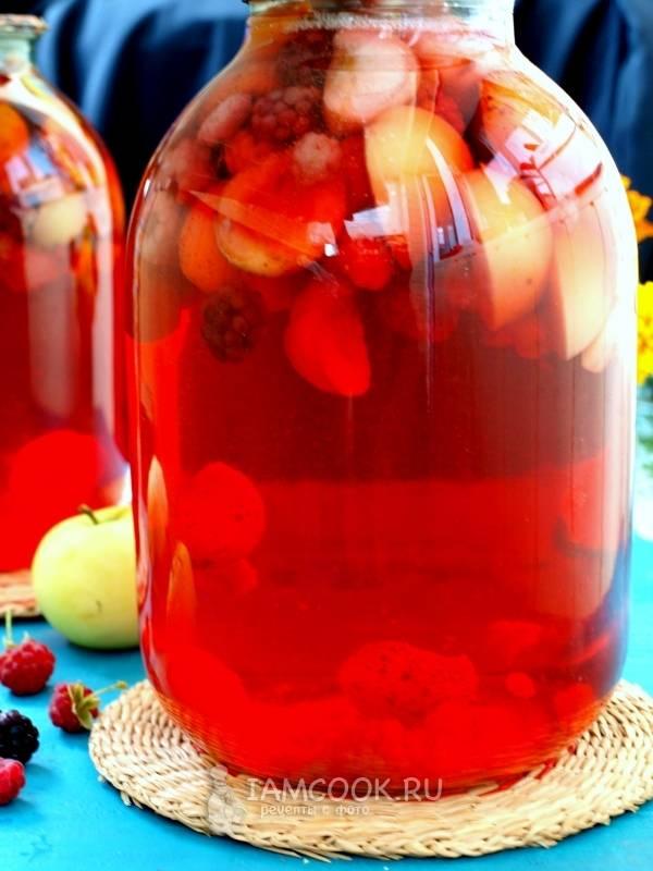 Компот из абрикосов и яблок на зиму в 3 литровых банках, рецепт с фото
