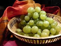 Сколько калорий в зеленом винограде. виноград | здоровое питание