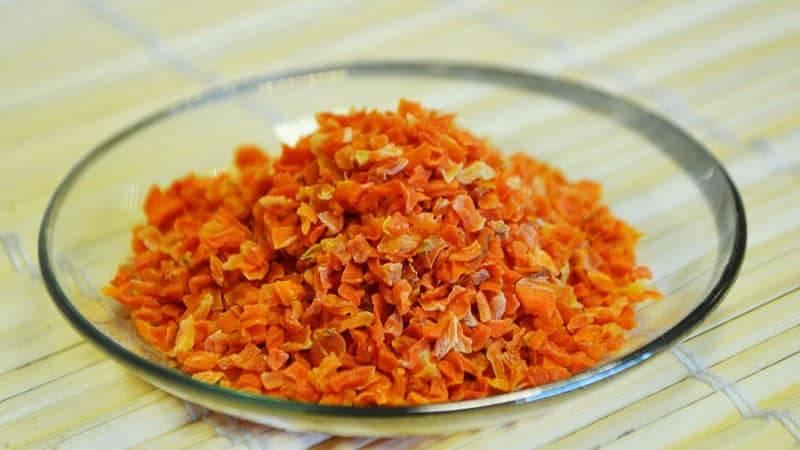 Сушеная морковь: можно ли сушить на зиму, польза сухой морковки, способы приготовления и применения