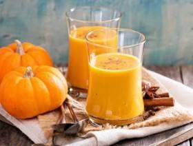 Кому и чем полезен тыквенный сок с мякотью: лечебные свойства напитка, как приготовить его в домашних условиях