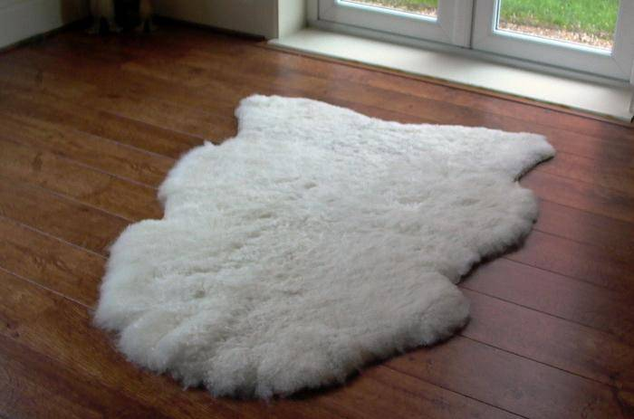 Как чистить овчину в домашних условиях, почистить чехлы, дубленку из овчины