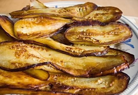 Как правильно очистить баклажаны для рагу и других блюд